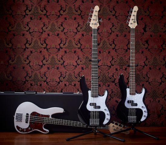 TB500 Mitchell Bass Guitars