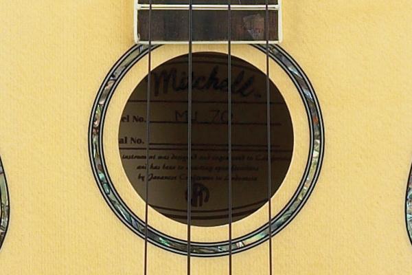 Mitchell MU70 Rosette